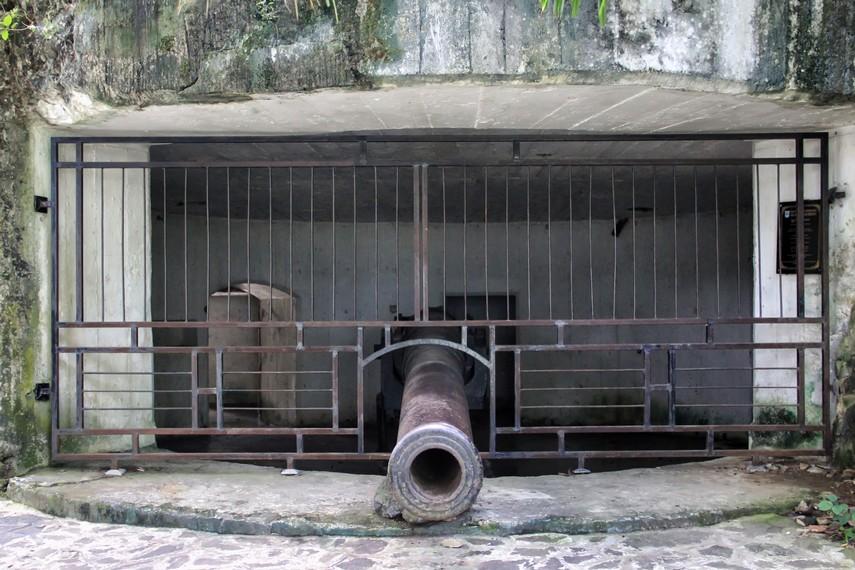 Bunker-bunker ini dahulu merupakan pusat pertahanan teritorial Jepang di pesisir