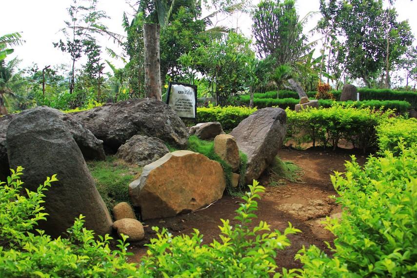 Situs Duplang menyimpan sejarah panjang tentang peradaban manusia nusantara di masa lampau