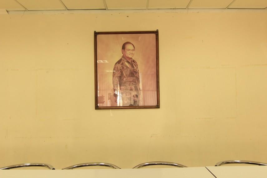 HB Jassin dianggap sebagai Paus di kesusastraan Indonesia karena mempunyai pengaruh yang sangat luas