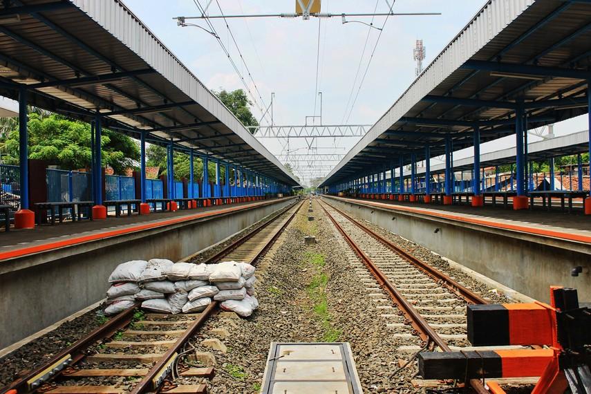 Pada awalnya, stasiun ini memiliki lima jalur. Saat ini, terdapat empat jalur - dua di antaranya merupakan jalur yang sama seperti awal dibuat
