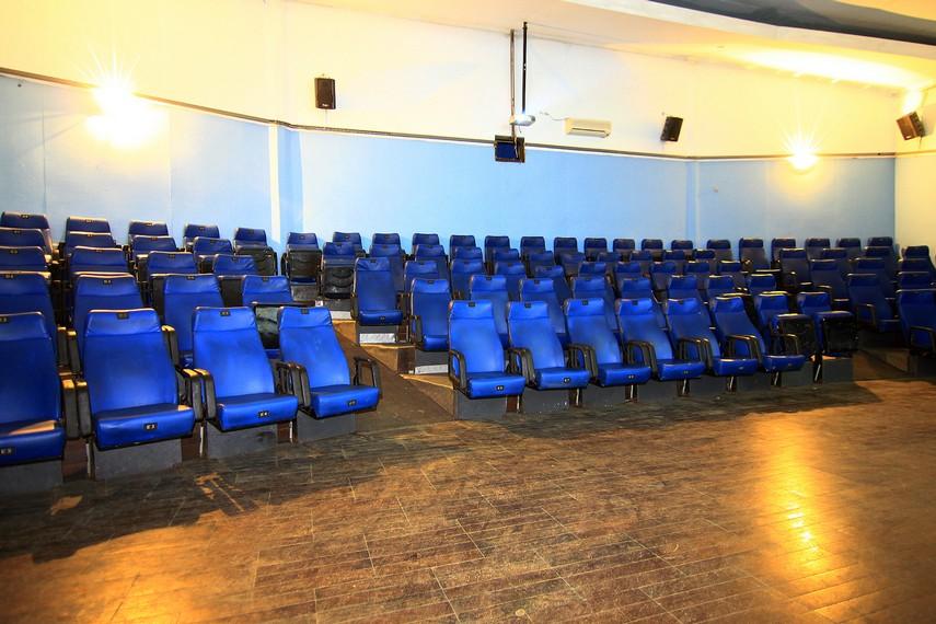 Ruang menonton yang ada di Dieng Plateau Theater mampu menampung 100 penonton