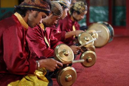 Talempong Pacik dan alat musik lainnya