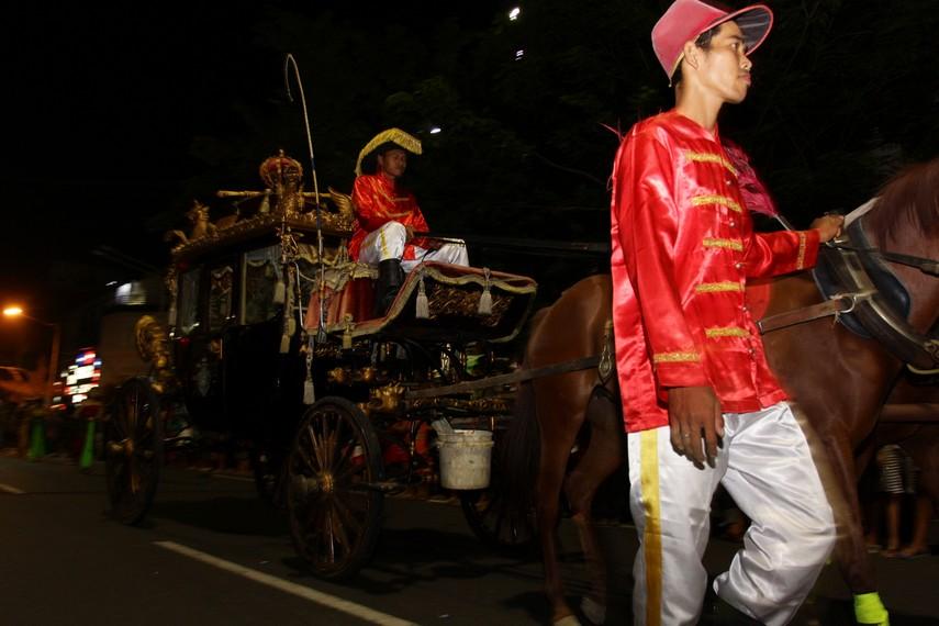 Kereta kuda juga menjadi salah satu yang dihadirkan dalam parade Solo Karnaval ini