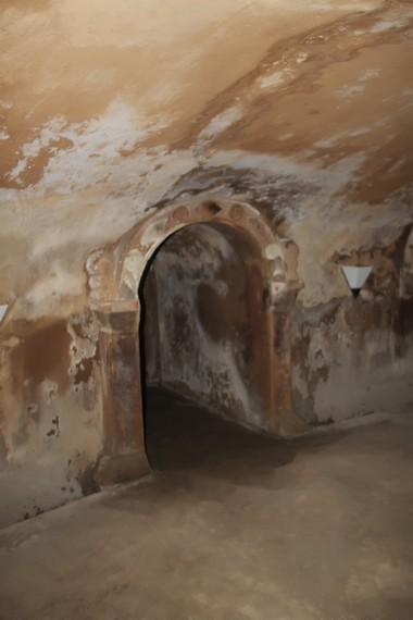 Ruang menjorok ke dalam yang difungsikan sebagai tempat imam masjid