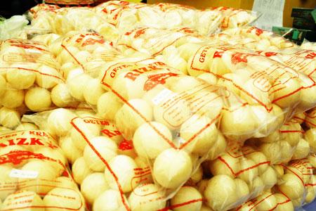 Snack gurih khas Bangka Belitung