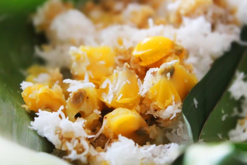 Jagung rebus pipilan menjadi salah satu variasi pelengkap tiwul