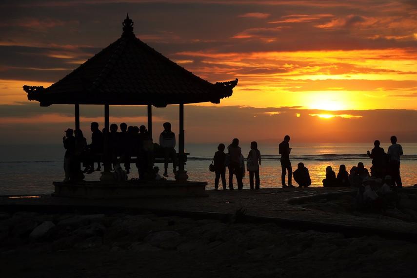 Sanur menjadi salah satu tujuan wisatawan jika ingin menikmati panorama matahari terbit