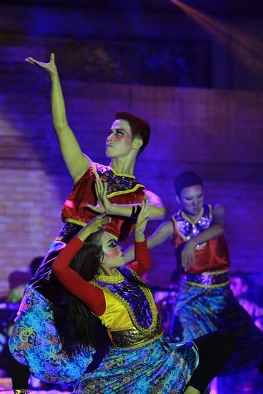 Gerakan-gerakan yang diperlihatkan para penari memperlihatkan bagaimana ekspresi ketika azab itu datang