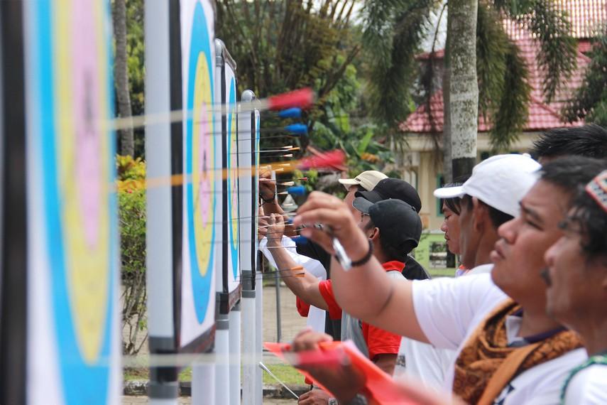 Tujuan dari digelarnya lomba sumpit ini sebagai pelestarian kebudayaan suku Kutai dan Dayak yang berada di seluruh Kabupaten Kutai Kartanegara