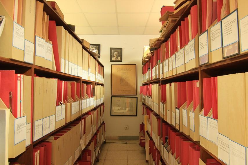 Koleksi naskah-naskah drama dari penulis dalam dan luar negeri yang menjadi koleksi PDS HB Jassin