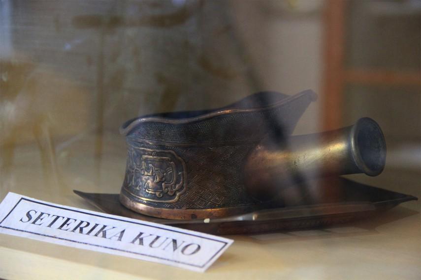 Seterika kuno yang pernah digunakan masyarakat Belitung menjadi salah satu koleksi Museum Tanjung Pandan Belitung