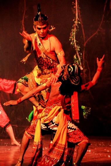 Arjuna merupakan tokoh protagonis dalam pewayangan, digambarkan sebagai pemuda tampan dan berjiwa ksatria