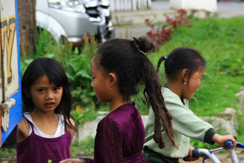 Biasanya, rambut gimbal akan tumbuh sebelum usia anak mencapai 3 tahun, meski ada beberapa kejadian rambut gimbal tumbuh di usia di atas 3 tahun