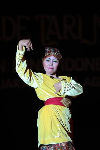 Dalam melakukan tari ngantat dendan, para penari  menggambarkan perasaan kegembiraan