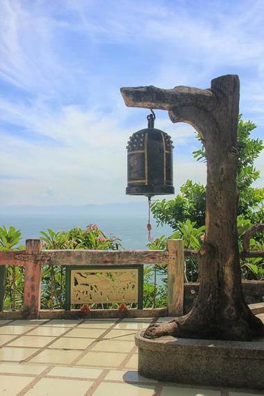 Vihara Nam Hai Kwan Se Im Pu Sa selesai dibangun pada 8 Agustus 2000