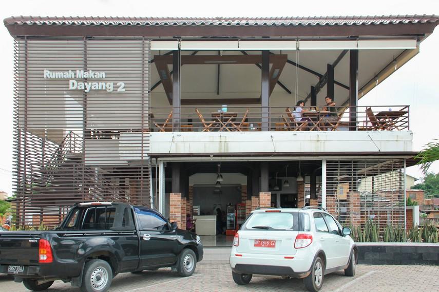 Restoran Dayang yang ada di Jalan RE Martadinata, Pangkalpinang, salah satu restoran yang menyajikan lempah terenak