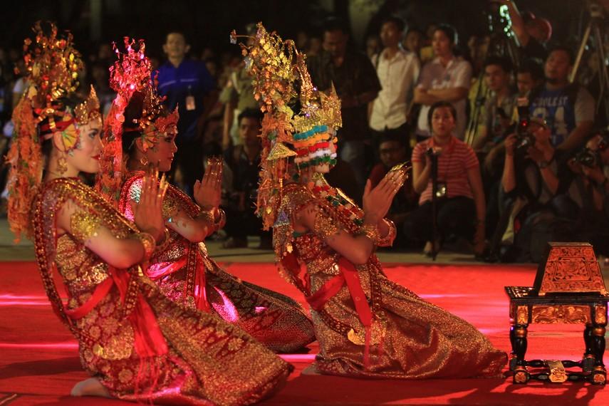 Tari Gending Sriwijaya merupakan representasi  nenek moyang nusantara sebagai bangsa besar yang menghargai dan menghormati persaudaraan antar sesamanya