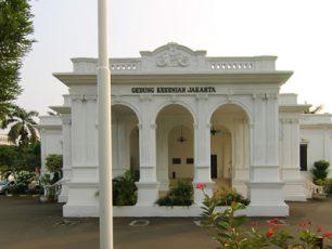Pementasan  Karya Seni Indonesia di Gedung Kesenian Jakarta