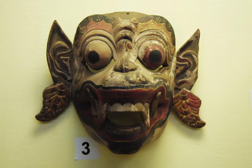 Topeng Hanoman, raja kera dalam epos Ramayana