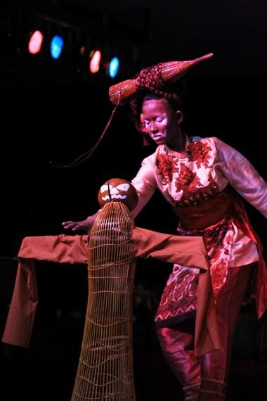 Tari Bengawak Be terinspirasi dari kesenian tradisi Lukah Gilo