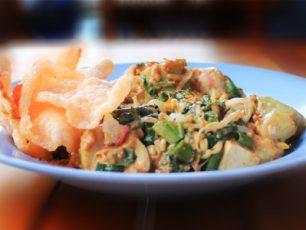 Gado-Gado, Salad Segar dengan Siraman Saus Kacang khas Betawi