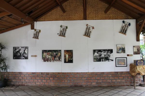 Beberapa arsip dokumentasi yang dimiliki Saung Angklung Udjo