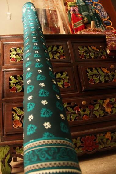 Asal muasal kain cual sendiri berasal dari kain songket, Palembang