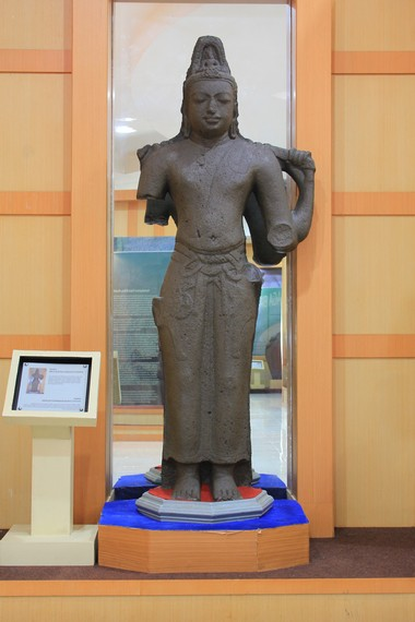 Beranekaragam arca Buddha juga menjadi bagian koleksi Museum Sriwijaya yang dapat dilihat pengunjung