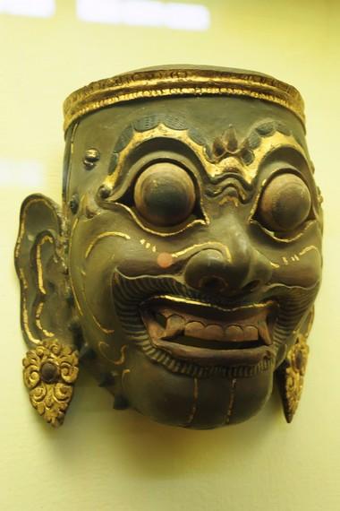 Topeng lakon Rahwana, Raja Alengka, dalam epos Ramayana