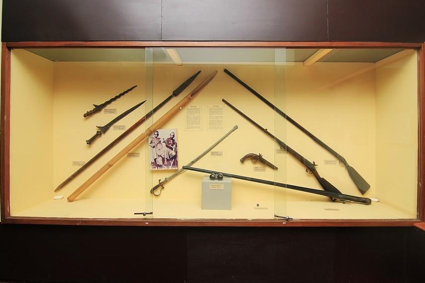 Koleksi senjata tradisional Bali yang dipamerkan di Gedung Timur