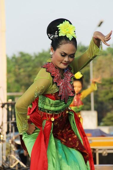 Sama halnya dengan Gambang Keromong Betawi, pada gambang Semarang, kreasi musiknya juga ditentukan oleh pemain salendro