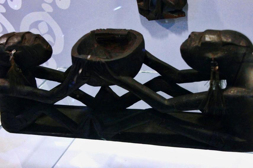 Lebih dari sekadar benda yang bernilai estetis, seni patung Asmat juga memiliki nilai-nilai religius