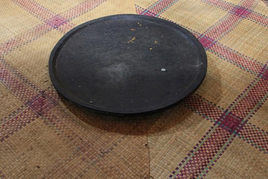 Tampah ini digunakan untuk memisahkan antara padi dengan beras oleh masyarakat di Kabupaten Ulu