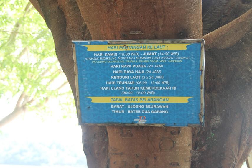Ada waktu-waktu tertentu dimana Pantai Iboih ditutup untuk semua aktivitas, diantaranya 17 Agustus dan peringatan tsunami