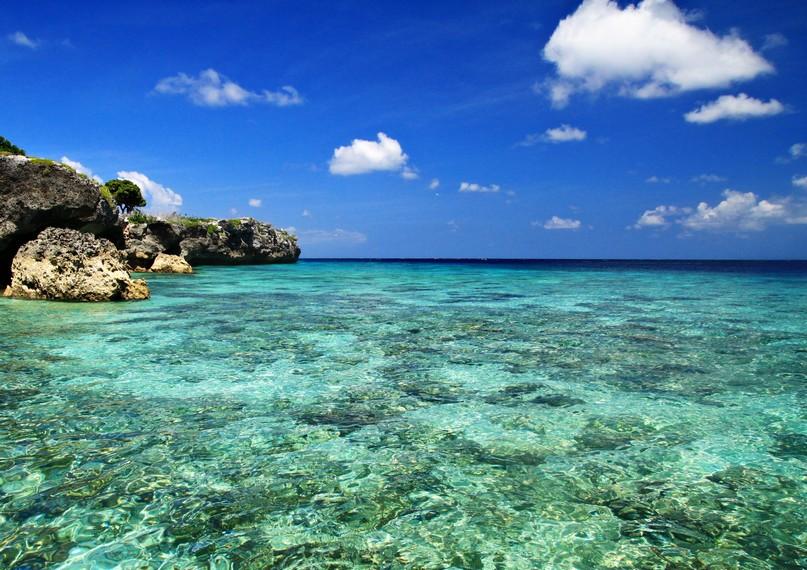 Air sebening Kristal di Pulau Kambing Tanjung Bira
