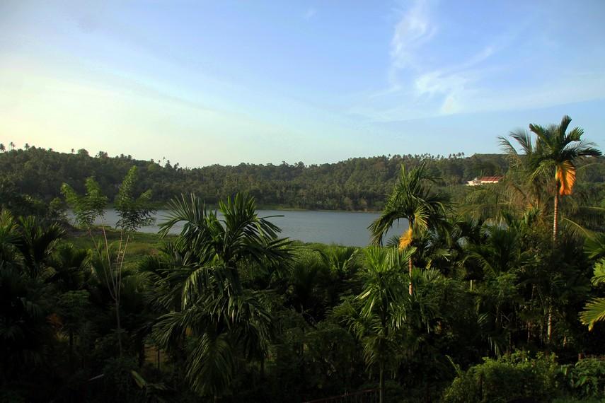 Aneuk Laot merupakan danau terbesar dari lima danau yang ada di Sabang