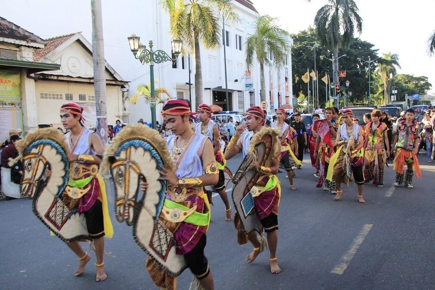 Atraksi kuda lumping yang ikut meramaikan Kirab Budaya di Yogyakarta