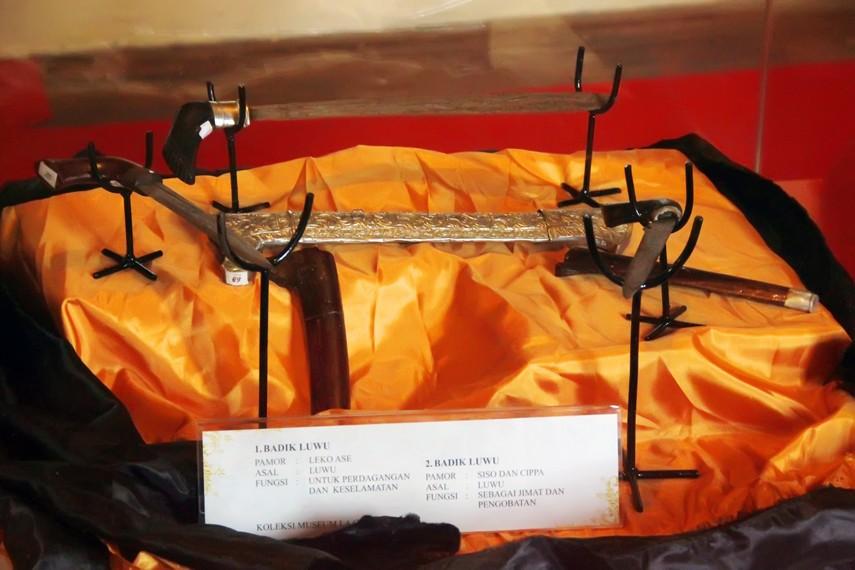 Badik Luwu, salah satu koleksi di Museum Senjata Tradisional Fort Rotterdam