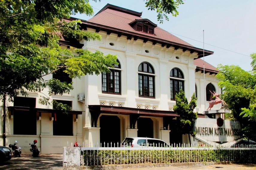 Bangunan Museum Kota Makassar bergaya art deco