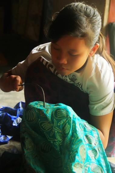 Batik sasambo pertama kali diresmikan dan diperkenalkan pada tahun 1998