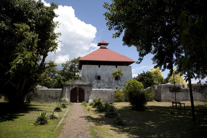Benteng Amsterdam adalah salah satu situs sejarah yang masih utuh di Pulau Ambon