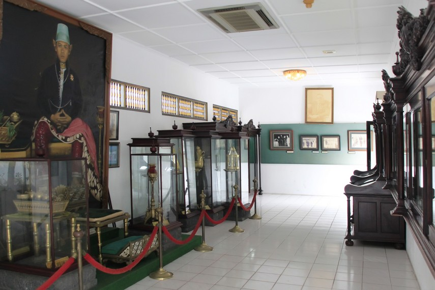 Berbagai benda peninggalan Sultan yang ada di Keraton Yogyakarta