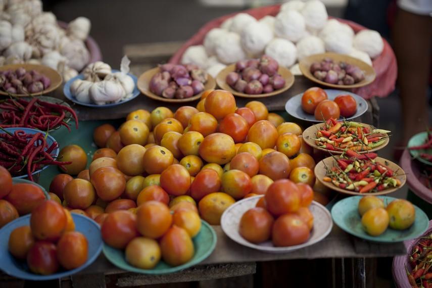 Buah tomat sayur