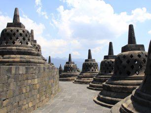 Candi Borobudur, Keajaiban Dunia dari Abad Ke-9