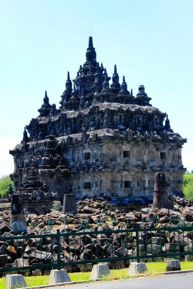Candi Plaosan dahulu difungsikan sebagai tempat penyimpanan naskah-naskah kanonik milik para Pendeta Budha