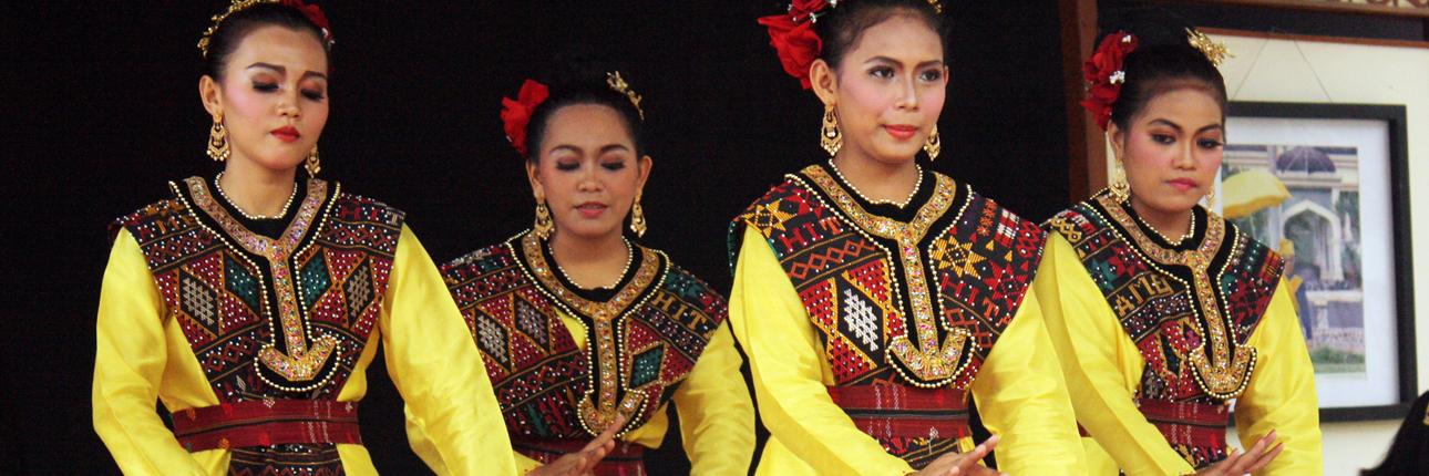 Cover_Tari_Rondang_Bulan.jpg