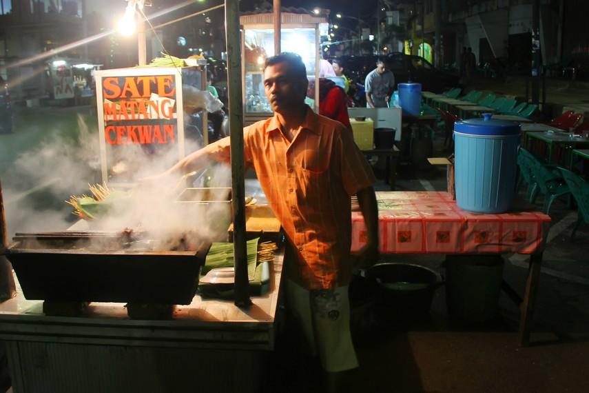 Daerah Matang Geulumpang Dua di perbatasan Bireun menjadi asal muasal nama hidangan Sate Matang