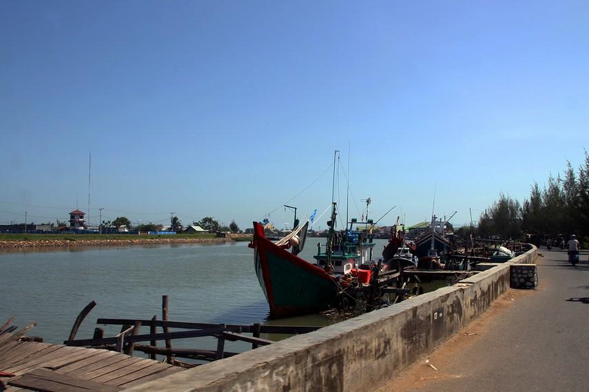 Dermaga Lampulo adalah lokasi dimana Kapal Nuh seharusnya berada, 1 km dari lokasi terdampar
