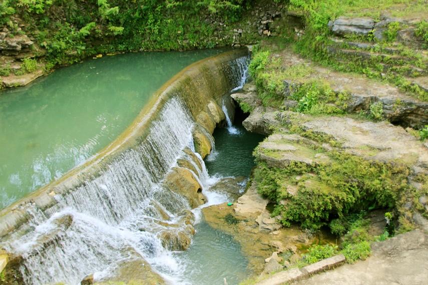 Pengunjung yang ingin menikmati wisata ini cukup mengeluarkan uang sebesar Rp30.000