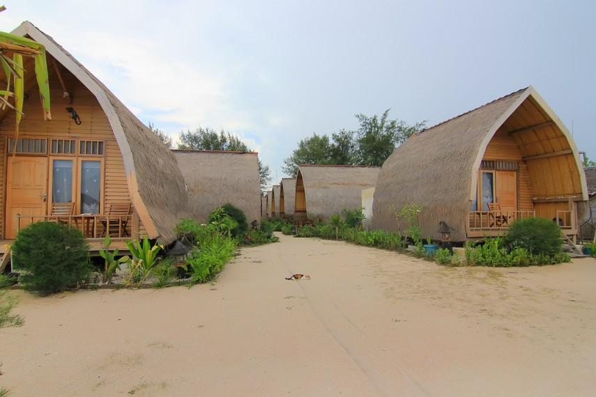 Fasilitas penginapan bertaraf internasional bagi para wisatawan asing sudah tersedia di Gili Meno